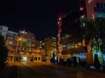 Low light night mode: OnePlus 7 - f/1.8, 1/10s - OnePlus 7 vs. Redmi K20 Pro review
