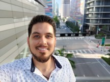 Selfie portrait: On - f/2.0, ISO 100, 1/144s - Oneplus 7t review