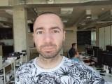 16MP selfie - f/2.0, ISO 120, 1/100s - Oppo Reno 10x Zoom review