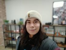 Portrait selfies - f/2.0, ISO 275, 1/33s - Realme 5s review