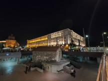 Low-light ultra-wide samples: Normal - f/2.2, ISO 2000, 1/14s - Realme X2 Pro review