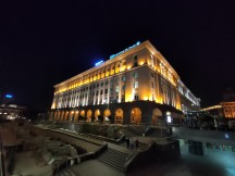 Low-light ultra-wide samples: Normal - f/2.2, ISO 1200, 1/17s - Realme X2 review