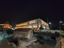 Low-light ultra-wide samples: Normal - f/2.2, ISO 2100, 1/14s - Realme X2 review