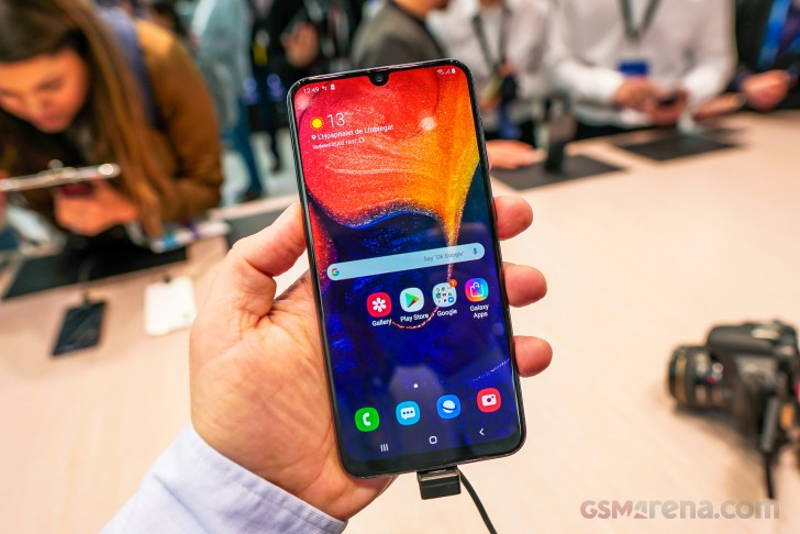 Samsung Galaxy A50, A30, Tab S5e hands-on review - GSMArena