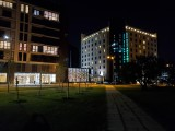 Main camera, 12MP low-light samples - f/1.5, ISO 640, 1/14s - Samsung Galaxy Fold review