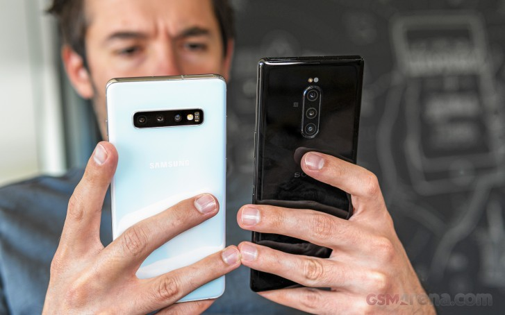 Sony Xperia 1 vs. Samsung Galaxy S10+
