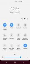 Galaxy S10+ UI: Quick toggles - Samsung Galaxy S10+ vs. Sony Xperia 1