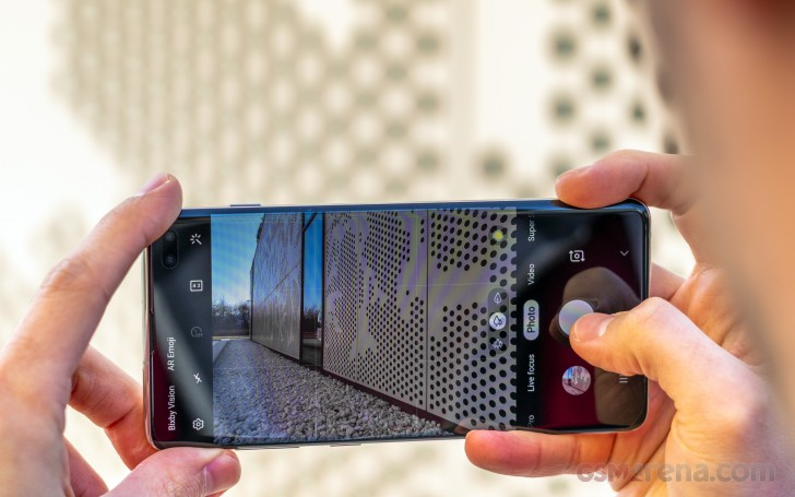 Samsung Galaxy S10+ review: Camera architecture, app