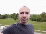 Sony Xperia 1 8MP Portrait selfies - f/2.0,  - Sony Xperia 1 review