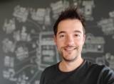 Portrait selfie samples - f/2.0, ISO 238, 1/50s - Xiaomi Mi 9 SE review