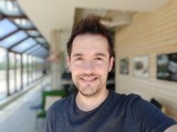Portrait selfie samples - f/2.0, ISO 100, 1/286s - Xiaomi Mi 9 SE review