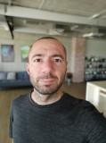 Xiaomi Mi 9T 20MP selfie portraits - f/2.2, ISO 204, 1/50s - Xiaomi Mi 9T review