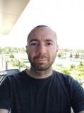 regular selfie - f/2.2, ISO 100, 1/316s - Xiaomi Mi 9T review