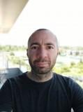 portrait selfie - f/2.2, ISO 100, 1/303s - Xiaomi Mi 9T review