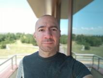 Xiaomi Mi A3 32MP portrait selfies - f/2.0, ISO 100, 1/716s - Xiaomi Mi A3 review