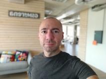 Xiaomi Mi A3 32MP portrait selfies - f/2.0, ISO 116, 1/50s - Xiaomi Mi A3 review