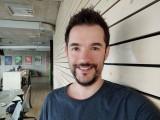 Selfie samples - f/2.0, ISO 261, 1/33s - Xiaomi Mi Note 10 hands-on review