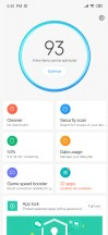 Proprietary MIUI apps and a screenshot from the Security app - Xiaomi Redmi Note 7 review
