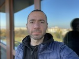 Selfie portraits, 7MP - f/2.2, ISO 32, 1/121s - Apple iPhone 12 Pro Max review