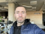 Selfie portraits, 7MP - f/2.2, ISO 100, 1/74s - Apple iPhone 12 Pro Max review