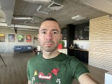 Selfie camera, 12MP - f/2.2, ISO 160, 1/60s - Apple iPhone 12 review