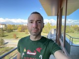 Selfie camera, 12MP - f/2.2, ISO 25, 1/193s - Apple iPhone 12 review