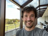 Selfie camera, 12MP - f/2.2, ISO 100, 1/109s - Apple iPhone 12 review