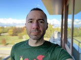 Selfie camera portraits, 7MP - f/2.2, ISO 25, 1/156s - Apple iPhone 12 review