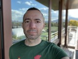 Selfie camera portraits, 7MP - f/2.2, ISO 25, 1/123s - Apple iPhone 12 review