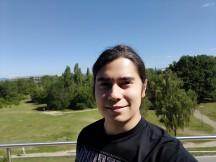 ROG Phone 3 selfie beauty mode samples - f/2.0, ISO 25, 1/2455s - ROG Phone 3 review