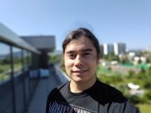 Rog Phone 3 selfie portrait samples - f/2.0, ISO 25, 1/1684s - ROG Phone 3 review