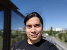 Rog Phone 3 selfie portrait samples - f/2.0, ISO 25, 1/2546s - ROG Phone 3 review