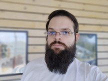 Rog Phone 3 selfie portrait: Medium - f/2.0, ISO 25, 1/179s - ROG Phone 3 review