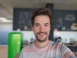 Selfie portraits - f/1.8, ISO 125, 1/50s - Asus Zenfone 7 Pro review