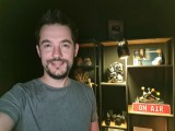 Low-light selfie samples, screen flash: Galaxy Note20 Ultra - f/2.2, ISO 1000, 1/17s - Flagship camera comparison, fall 2020