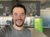 Selfie samples: iPhone 12 Pro Max - f/2.2, ISO 250, 1/60s - Flagship camera comparison, fall 2020