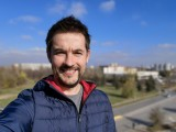 Selfie samples: Mate 40 Pro - f/2.4, ISO 50, 1/1427s - Flagship camera comparison, fall 2020