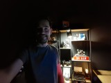 Low-light selfie samples: Mate 40 Pro - f/2.4, ISO 51200, 1/11s - Flagship camera comparison, fall 2020