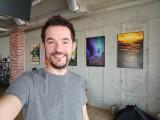 Selfie samples: Xperia 1 II - f/2.0, ISO 160, 1/50s - Flagship camera comparison, fall 2020