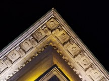 Telephoto low-light samples - f/3.4, ISO 1250, 1/17s - Honor 30 Pro+ review