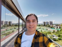 8MP ultra-wide camera selfies - f/2.2, ISO 50, 1/310s - Honor 30 Pro+ review