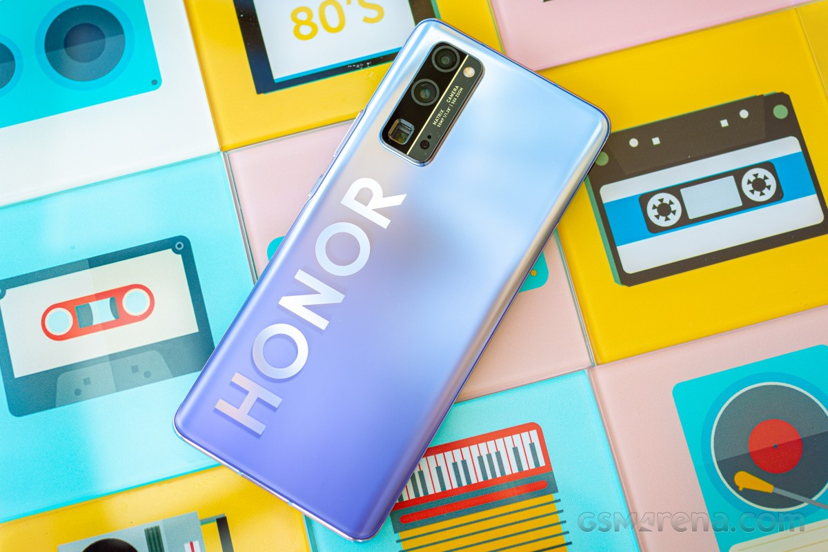 Huawei to sell $15 billion Honor share to consortium led by Digital China