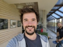 Selfie portrait samples, 1x zoom - f/2.4, ISO 50, 1/100s - Huawei Mate 40 Pro review