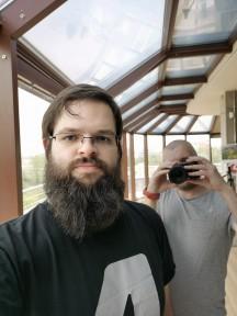 Huawei Mate Xs selfie samples - f/1.8, ISO 50, 1/181s - Huawei Mate Xs review