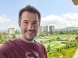 Selfie samples - f/1.9, ISO 50, 1/135s - LG Velvet review