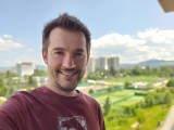 Selfie portraits - f/1.9, ISO 50, 1/169s - LG Velvet review