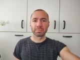 Motorola Edge 6.2MP selfies - f/2.4, ISO 125, 1/40s - Motorola Edge review