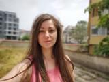 Motorola Edge 6.2MP selfie portraits - f/2.4, ISO 100, 1/871s - Motorola Edge review