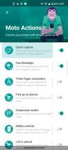 Actions - Motorola Edge review