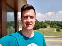 Selfie samples - f/2.0, ISO 100, 1/3472s - Motorola Moto G Pro review